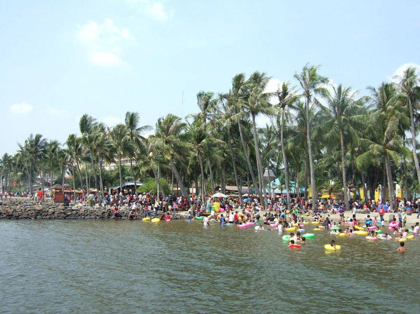 16 Best Beaches in Indonesia Near Jakarta