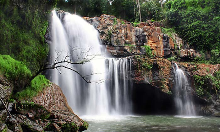 Tegenungan Waterfall Ubud Bali – Tourism – Locations – Entrance