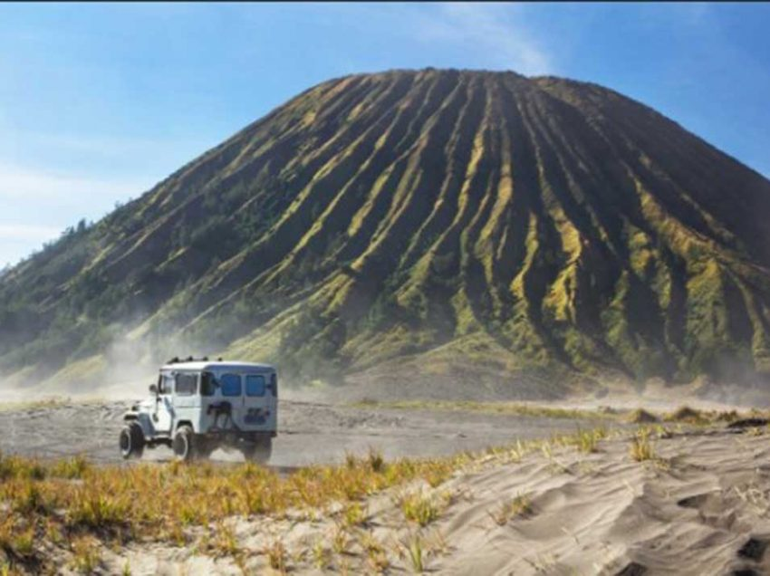 These Are What to Prepare to Hike Mount Bromo for The First Time!