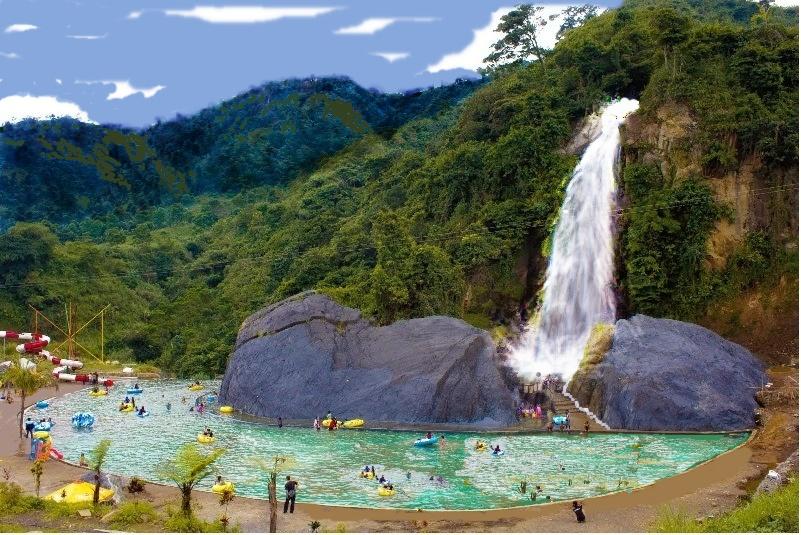 Refreshing Natural Waterfalls Near Jakarta You Should Visit