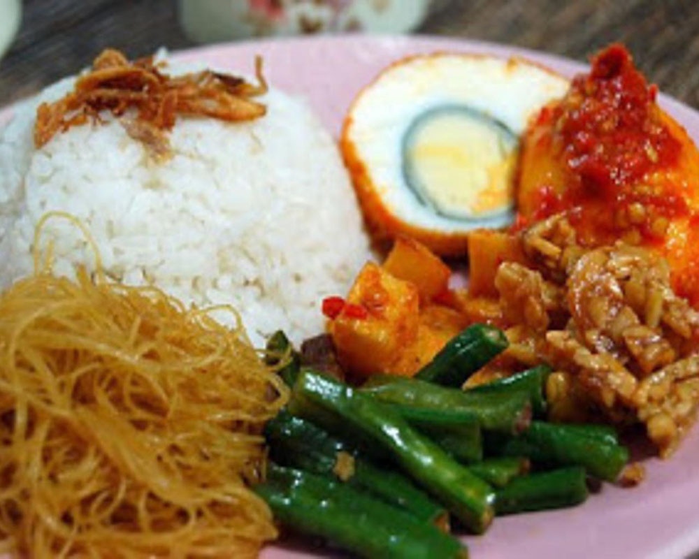 Cheap Street Food Jakarta in Sabang Street : What's Tasty and Affordable