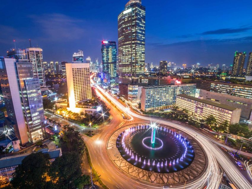 Is It Safe to Walk Around Jakarta at Night Alone? – Things You Should Know