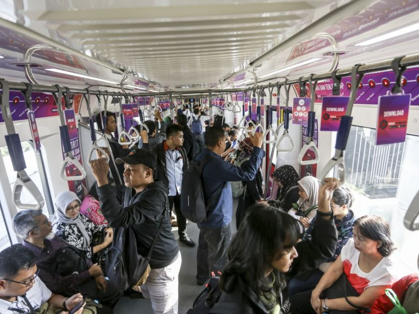 What Are The Best and Worst Things About Public Transit in Jakarta and How Could It Be Improved