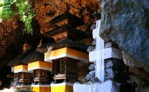 Lawah Cave