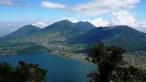 Catur Mountain