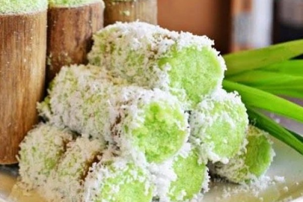 Putu Cake