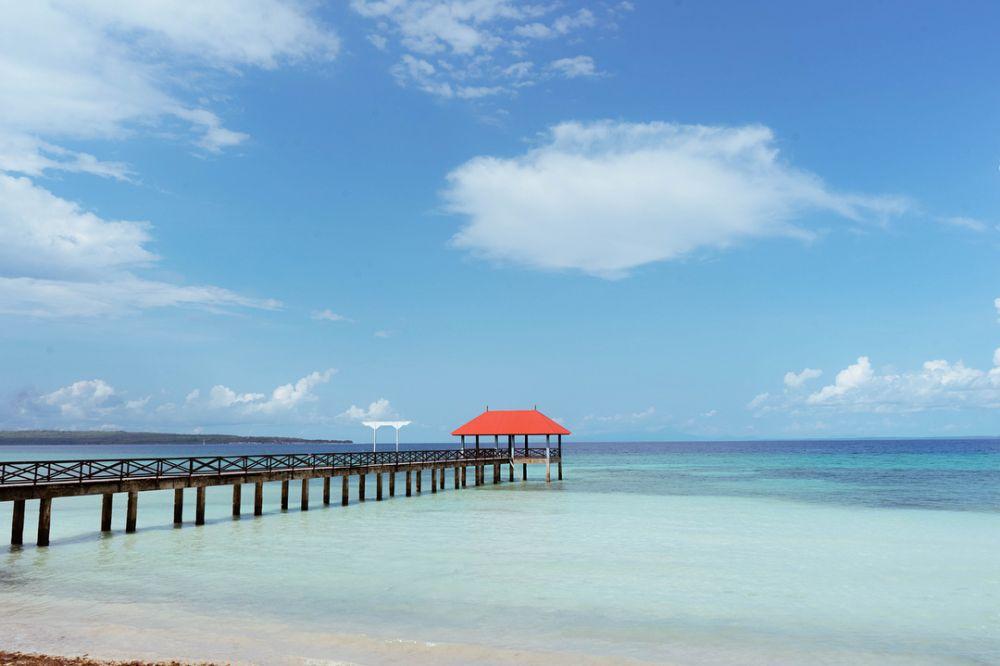 Lakeba Beach