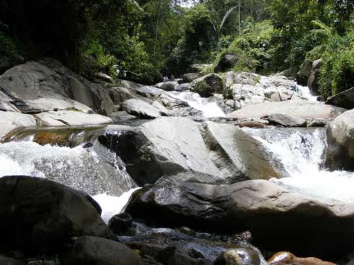 Batu Papan Natural Bath