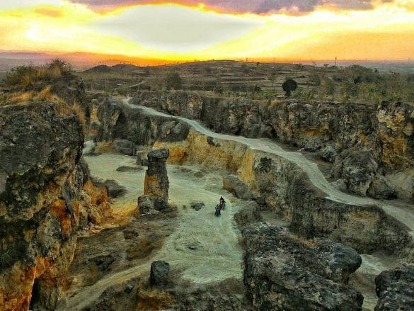 Wonderful View of Tugulasi or White Canyon, Grobogan