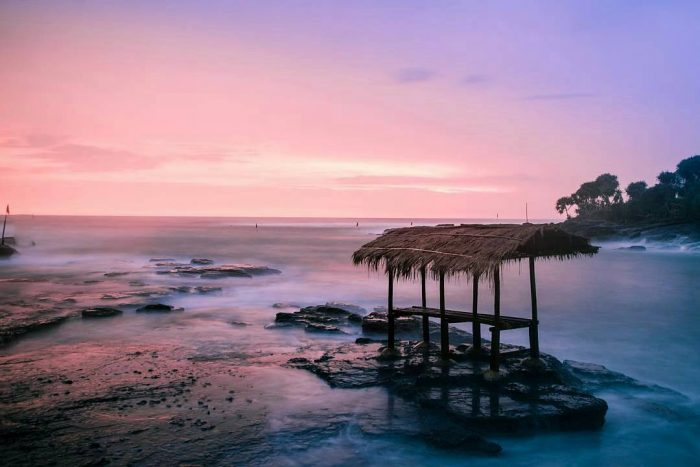 Cicalobak Beach (Photo by @ridwanphotoart on Instagram)