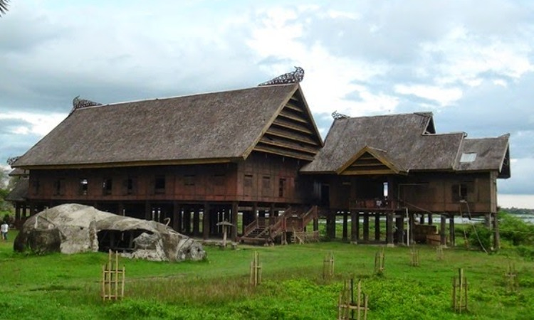 Saoraja Traditional House