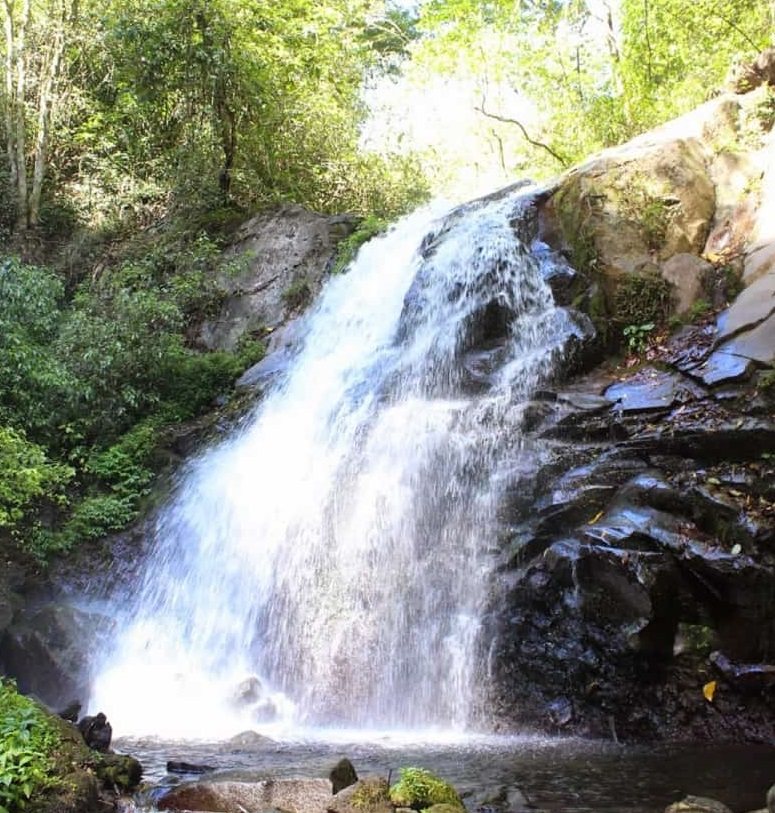 Dlundung Waterfall