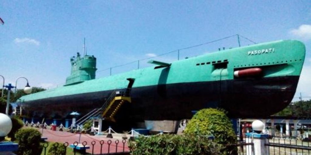 Submarine Monument