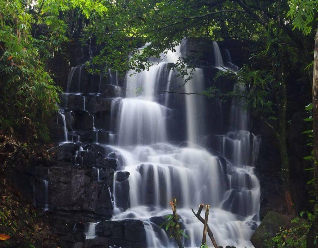 Taipa Waterfall