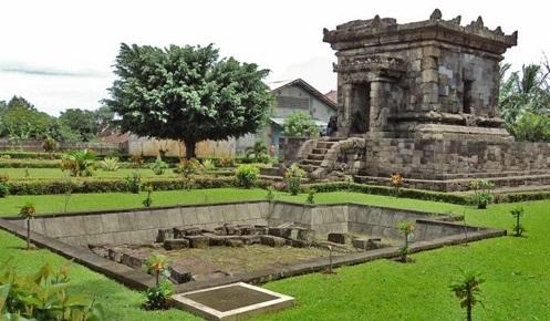 Badut Temple