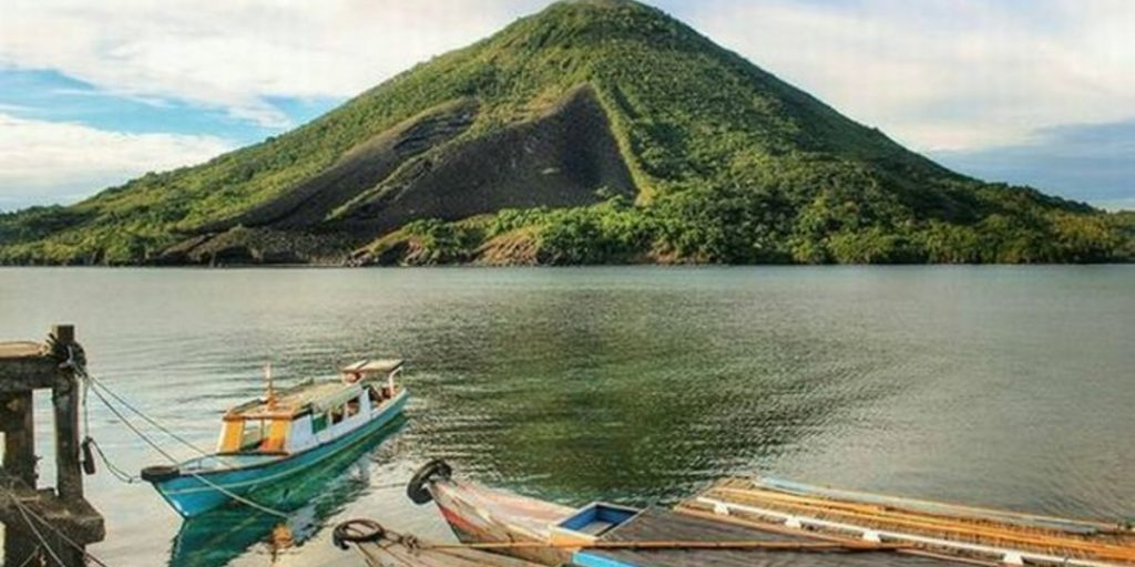 Mountains to Hike in Maluku