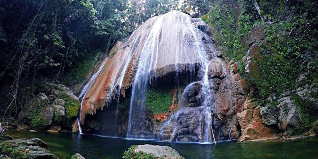 Tamburano Waterfall