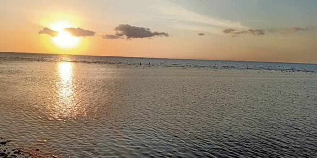 Penimbangan Beach