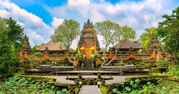 tourist attractions in semarapura