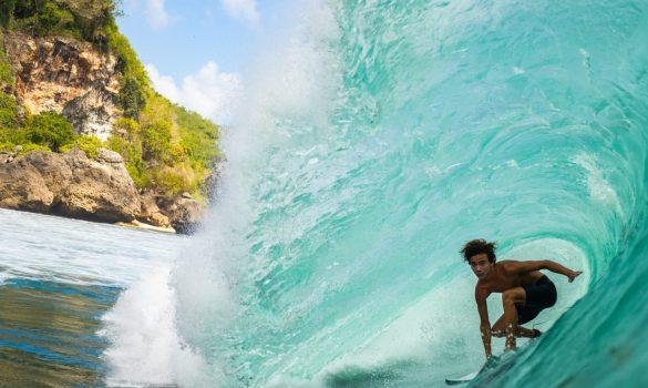 surfing spots in bali