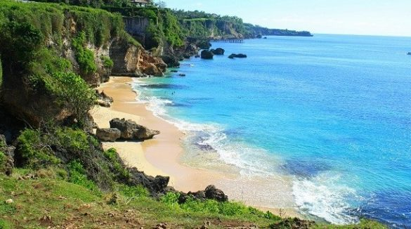white sand beaches in bali