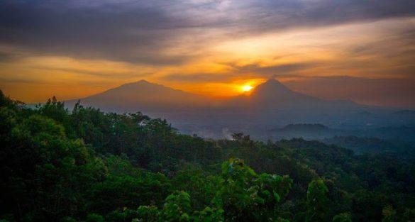 sunrise in yogyakarta