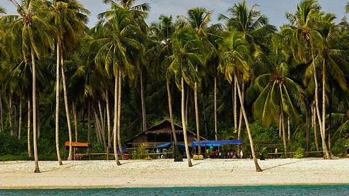 tourist attractions in mentawai islands