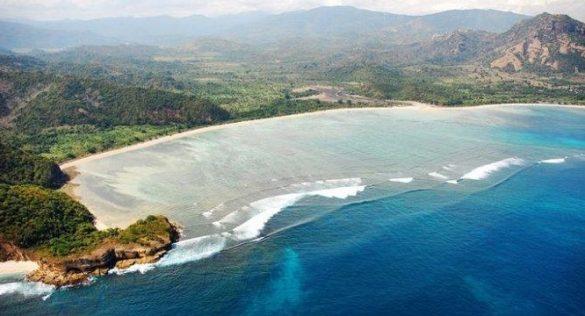 beaches in west sumbawa