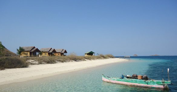 tourists attractions in west sumbawa