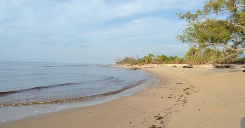 ujung pandaran beach