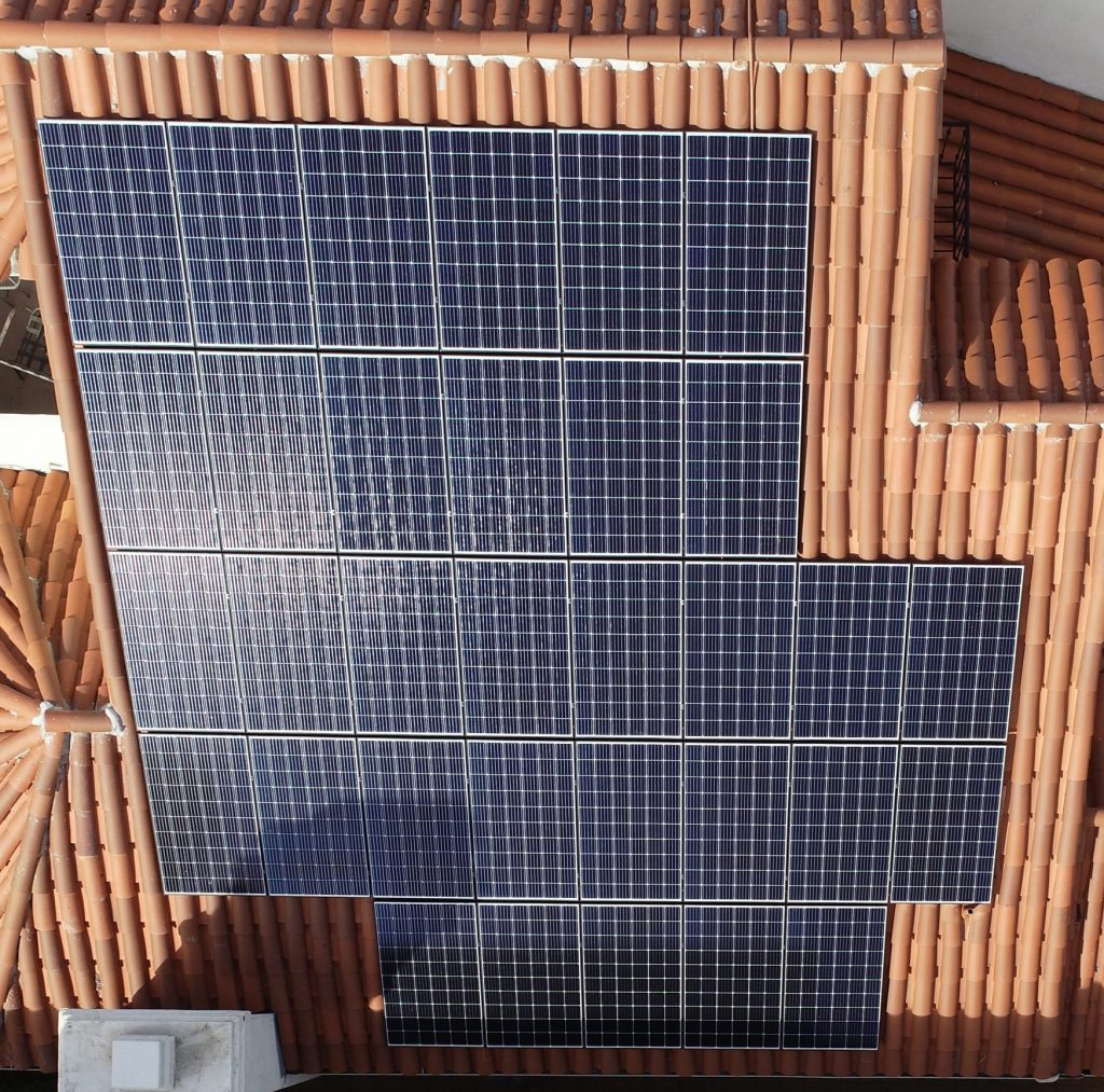 The Best Roof for Solar Panels - 5 Things To Consider.