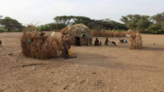 Photo 3 the home of a farming family from keekomol village  turkana kenya  april  2017  min