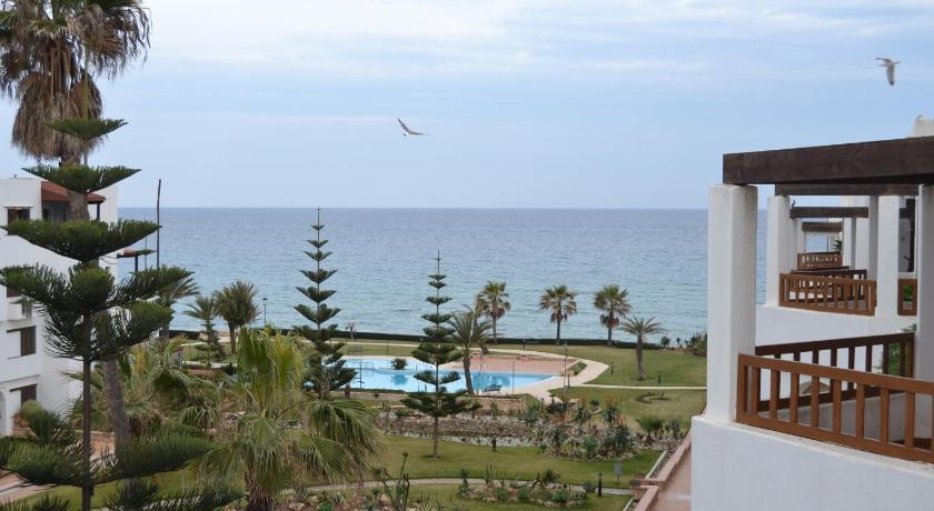 Détendez-vous face à la Méditerranée:Marina beach appartement