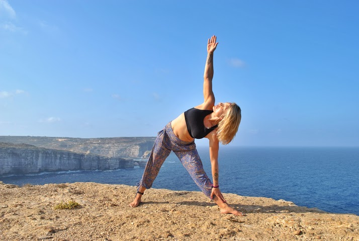 Extended-Triangle-Yoga-Pose