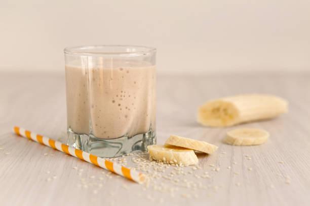 banana-smoothie-cinamon