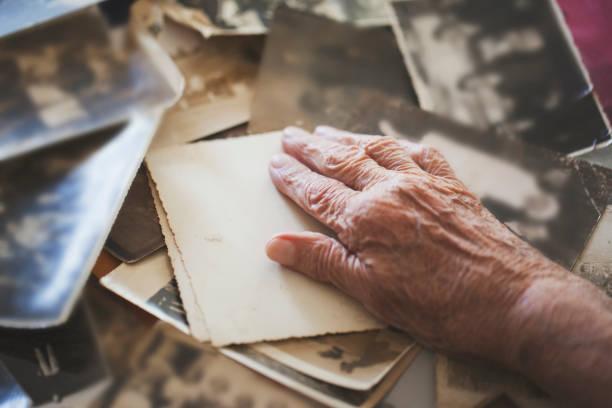 Dementia-Alzheimers-Memories