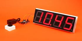 Segm8 clock and power supply