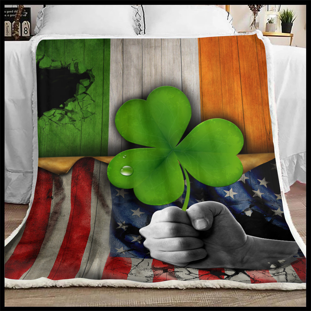 Personalized Lovely Fleece Throw Blanket St Patrick's Day Shamrock It'S Not A Party Until The Irish Show Up Pattern 2 Lightweight Super Soft Cozy For Decorative Couch Sofa Bed