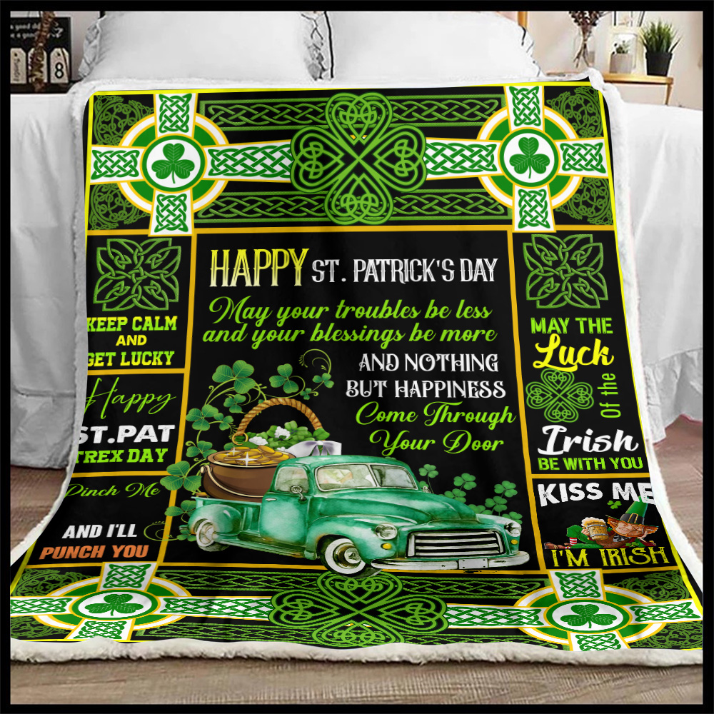 Personalized Lovely Fleece Throw Blanket St Patrick's Day Kiss Me I'm Irish Pattern 2 Lightweight Super Soft Cozy For Decorative Couch Sofa Bed