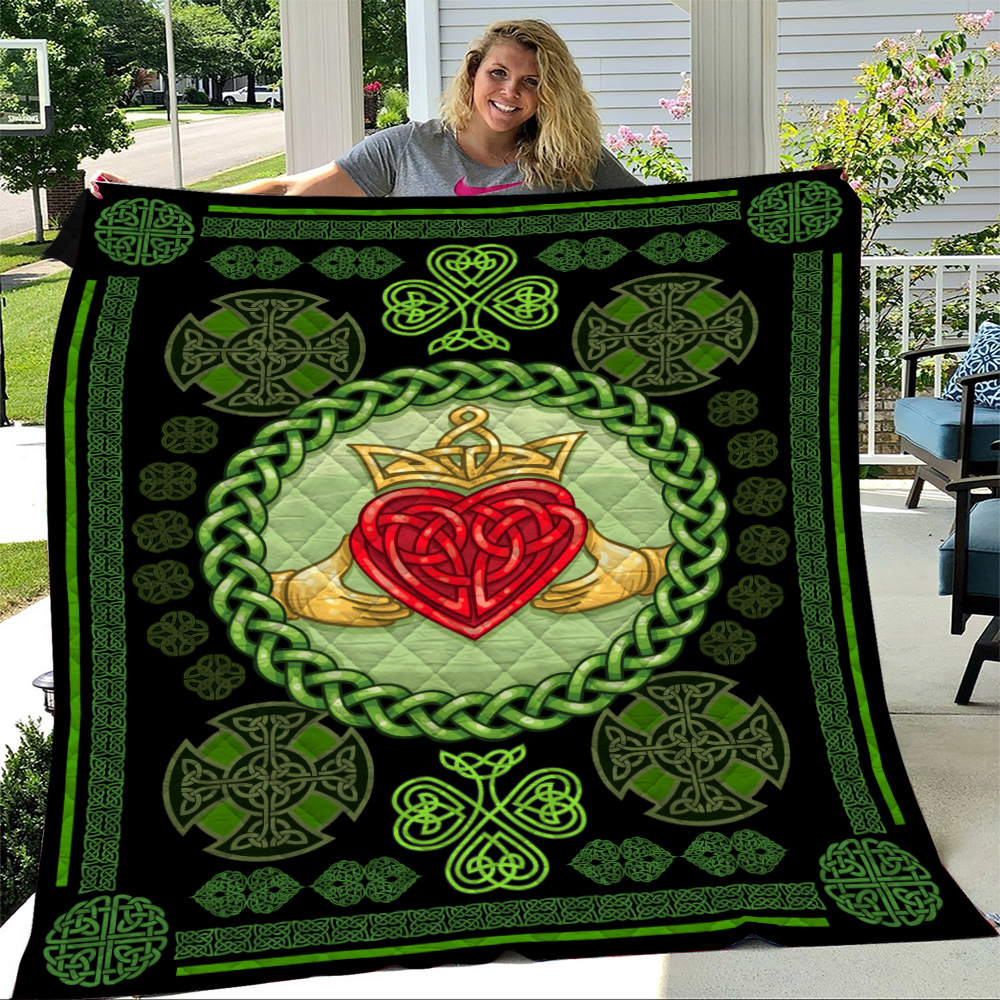 Personalized Lovely Quilt Throw Blanket St Patrick's Day Heart Of Irish Pattern 1 Lightweight Super Soft Cozy For Decorative Couch Sofa Bed