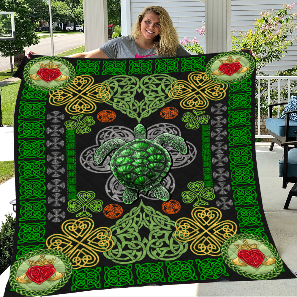 Personalized Lovely Quilt Throw Blanket St Patrick's Day Heart Irish Turtle Pattern 1 Lightweight Super Soft Cozy For Decorative Couch Sofa Bed
