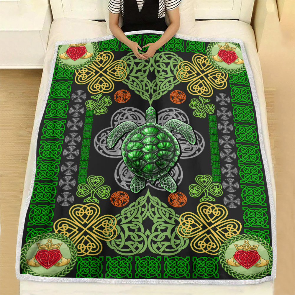 Personalized Lovely Fleece Throw Blanket St Patrick's Day Heart Irish Turtle Pattern 1 Lightweight Super Soft Cozy For Decorative Couch Sofa Bed