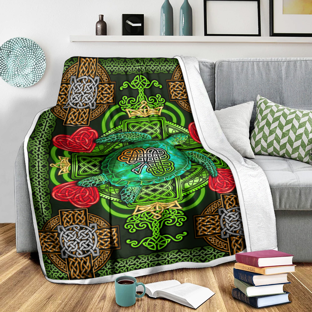 Personalized Lovely Fleece Throw Blanket St Patrick's Day Heart Irish Turtle Pattern 2 Lightweight Super Soft Cozy For Decorative Couch Sofa Bed