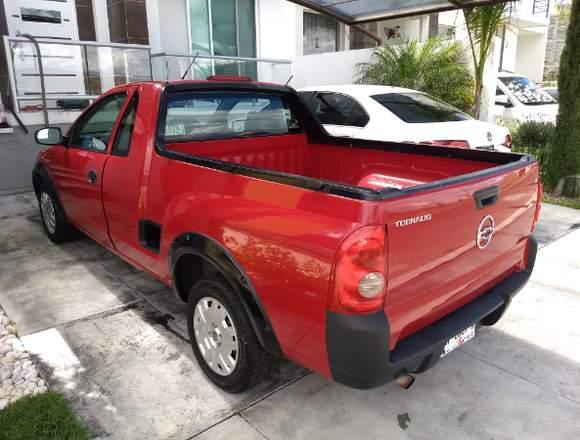 Excelente camioneta Pick Up Tornado 2005