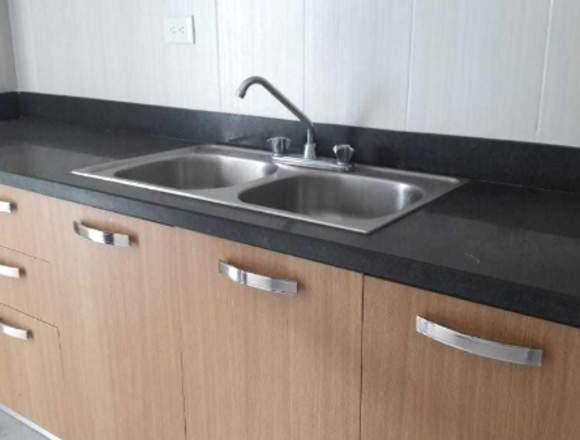 Apartamento en Venta en JARDINES DEL SUR 2H-2b-2p
