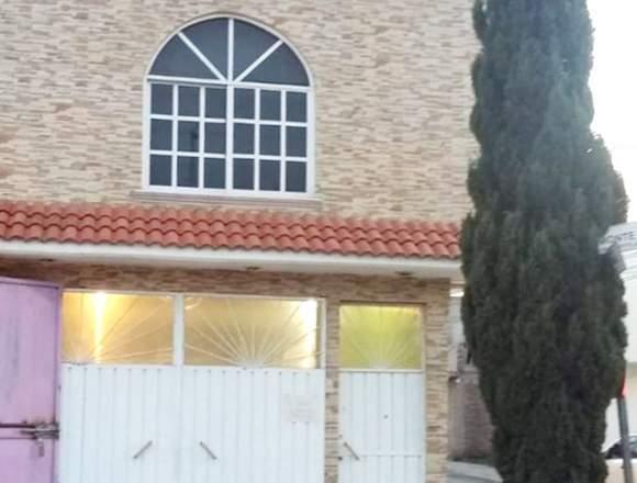 Se vende casa con ampliaciones en Real Costitlán 1