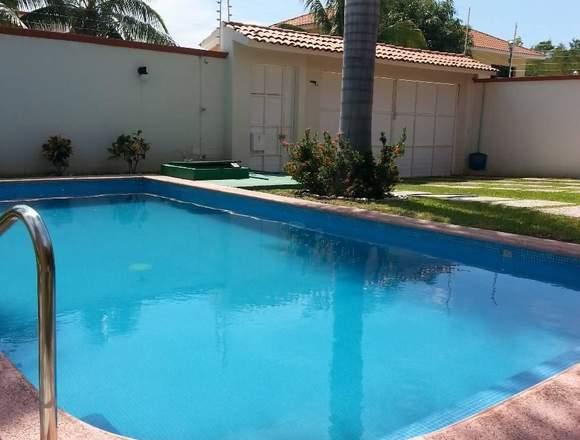 Hermosa casa en venta en sector O Huatulco.