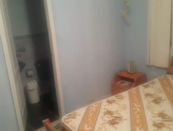 arriendo departamento 2 dormitorios 2 baños.