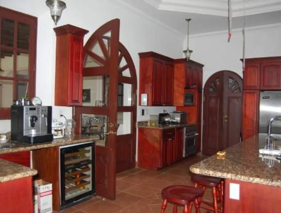 Casa en venta en el corazón de  Antigua Guatemala