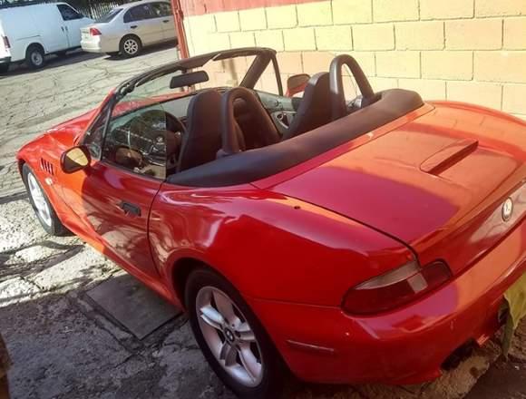 BMW Z3 descapotable color Rojo